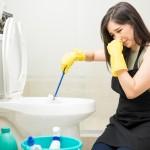 Cheiro de esgoto no banheiro? Veja o que pode ser